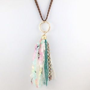 BEADS AND LACE TASSEL NECKLACE